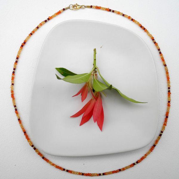 Collier aus Carneol/Mandarinengranat und rotem Jaspis